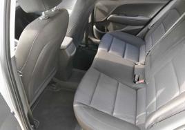 Hyundai Elantra Automatic big thumb - 3