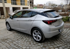 Opel Astra Automatic  big thumb - 2