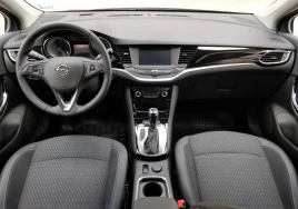 Opel Astra Automatic  big thumb - 3