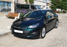 Opel Astra Sedan  big thumb - 1