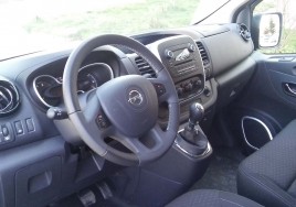 Opel Vivaro  8+1 big thumb - 5