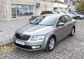 Skoda Octavia 2017 big thumb - 1