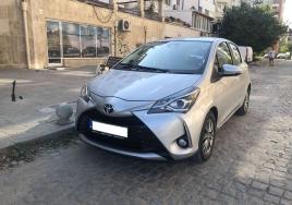 Toyota Yaris Automatic big thumb - 1