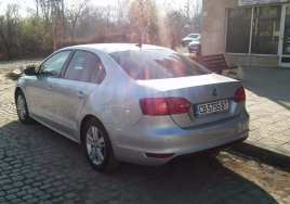 Volkswagen Jetta Automatic  big thumb - 2