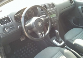 Volkswagen Polo Automatic big thumb - 3