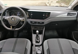 Volkswagen Polo Automatic big thumb - 4